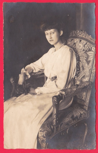 S.S. A.A. R.R. Charlotte Luxembourg 1919 Assise Royal